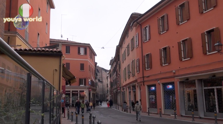 ボローニャ(イタリア)
