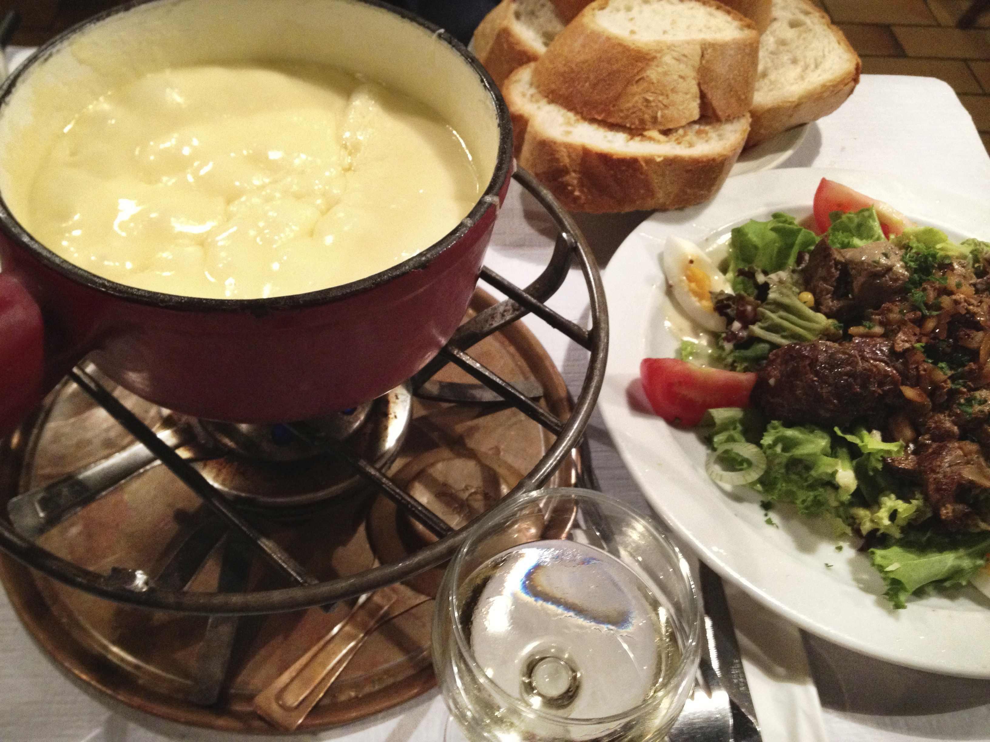 チーズフォンデュ(スイス料理)