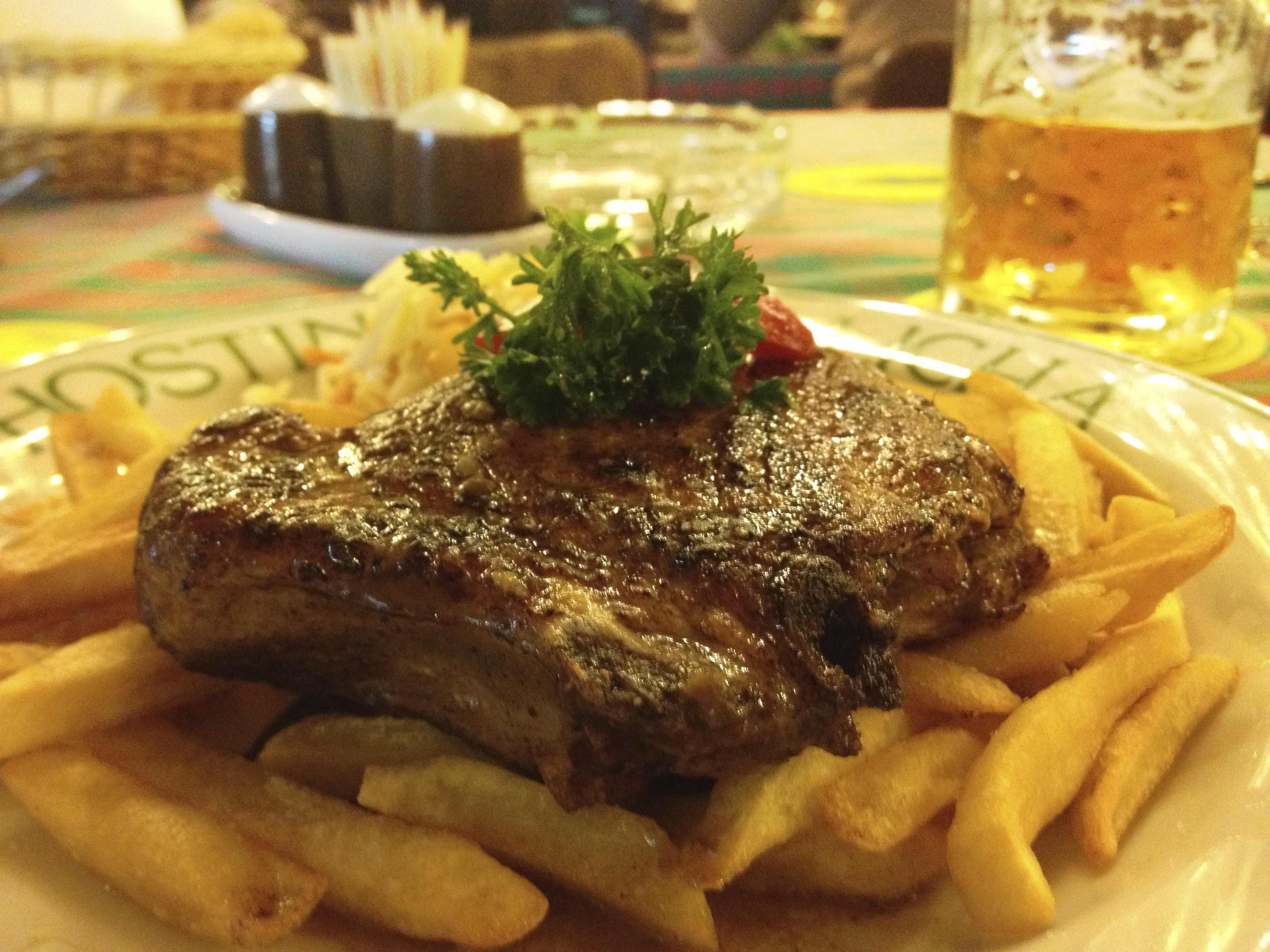 子牛のグリル(チェコ料理)