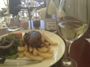 白ワインとニュージーランド料理