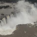 イグアスの滝(ブラジル、アルゼンチン)