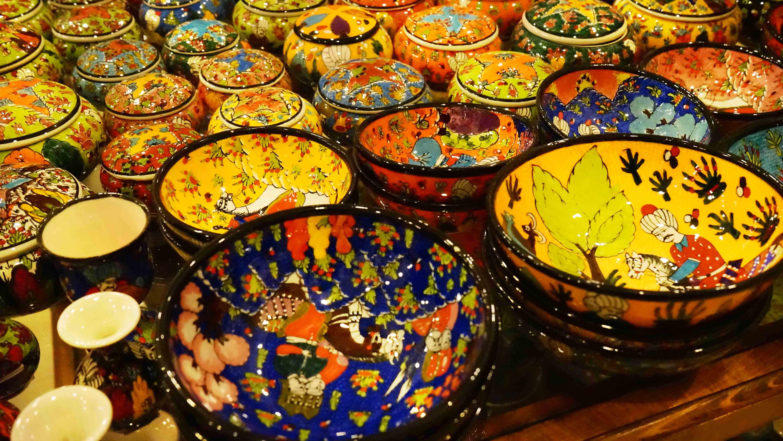 トルコの伝統的な陶器