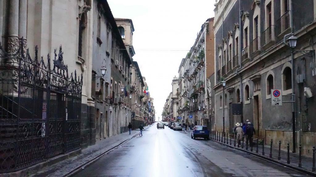 カターニアの風景(シチリア)