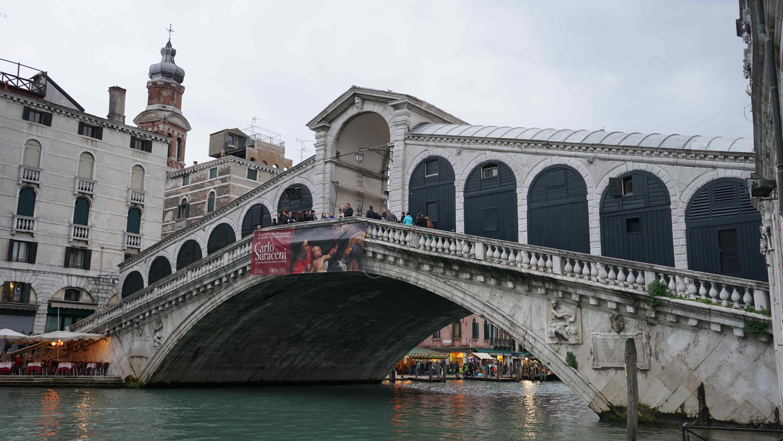 リアルト橋(ヴェネチア)