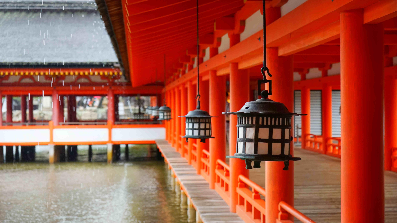 厳島神社・境内(宮島)